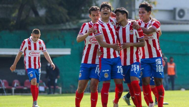 Gael García en festejo con Chivas Sub 20