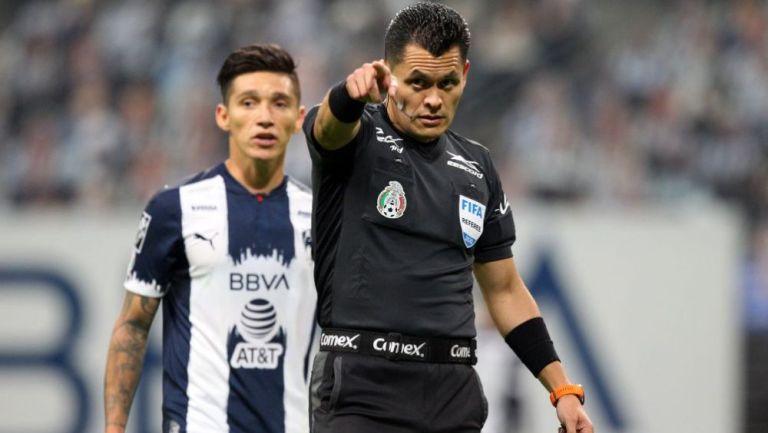 Arturo Brizio aclara polémico penal en el Rayados vs América