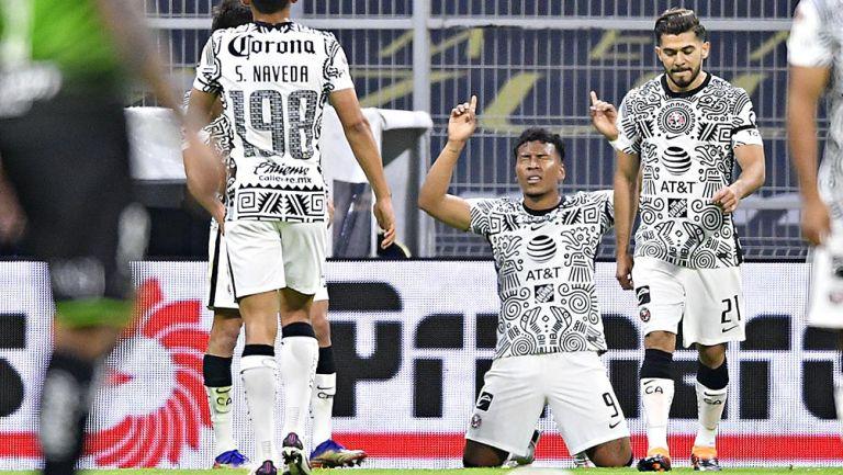 Roger Martínez tras su gol contra Juárez