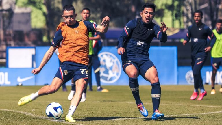 Álvaro Fidalgo en su primer entrenamiento con América