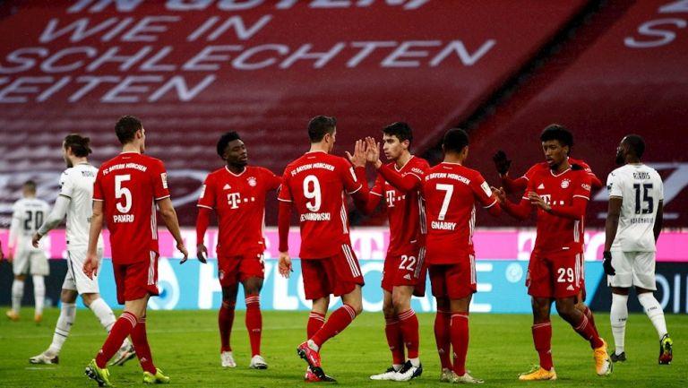 Jugadores del Bayern Munich celebrando un gol
