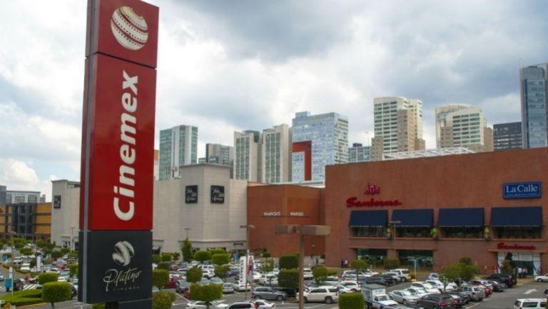 Centros comerciales y tiendas departamentales volverán a abrir