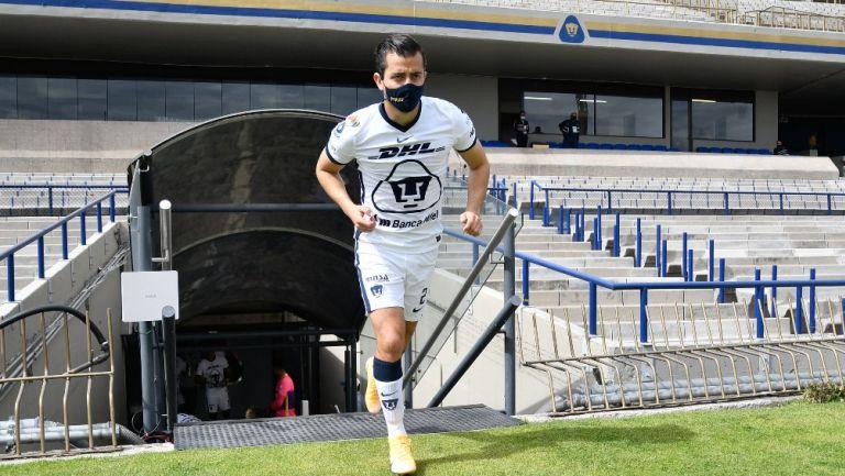 Alan Mozo durante un partido con Pumas