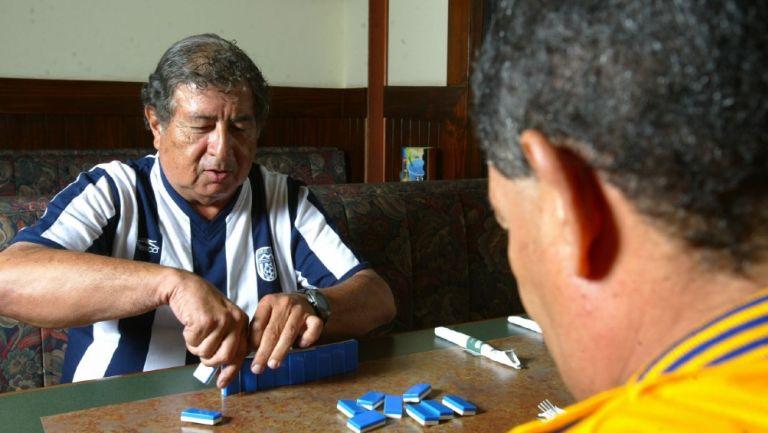 Pancho Avilán junto a Mateo Bravo