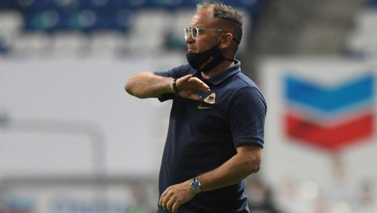 Andrés Lillini en partido