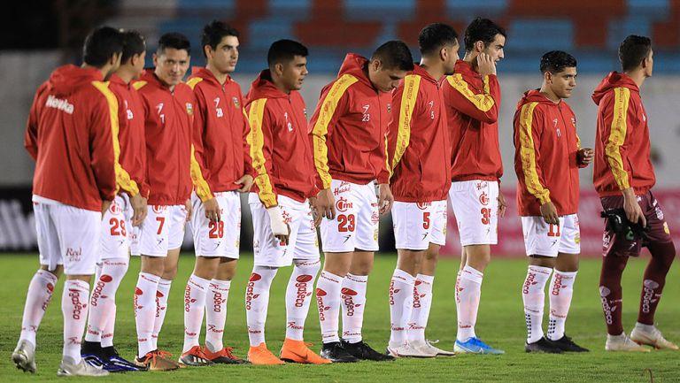 Jugadores de Morelia previo a un partido