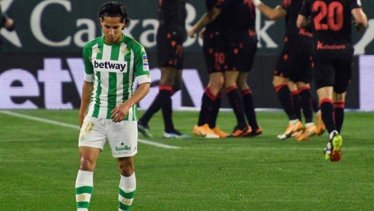 Diego Lainez: En duda para juego ante Villarreal tras superar Covid-19