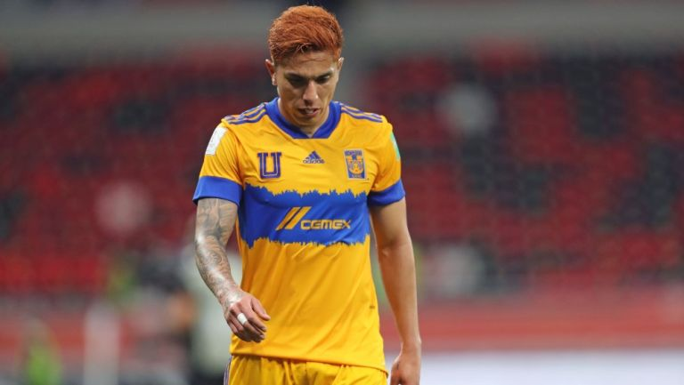 Tigres: Eintracht Frankfurt mandó mensaje a Carlos Salcedo tras perder ante Bayern Munich