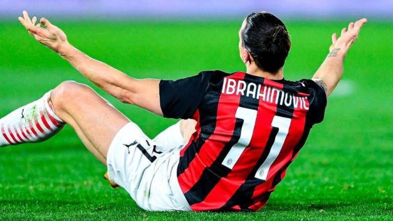 Zlatan Ibrahimovic en el partido entre el Milan y el Spezia