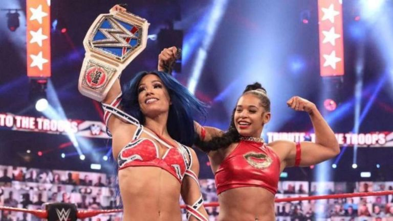 Sasha Banks y Bianca Belair en Smackdown