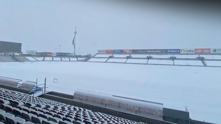 Estadio Olímpico Benito Juárez, 'pintado' de blanco por nevada