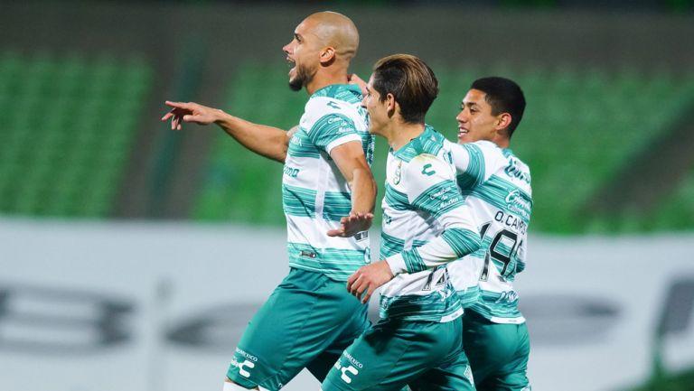 Matheus Doria en festejo, de gol ante Rayados
