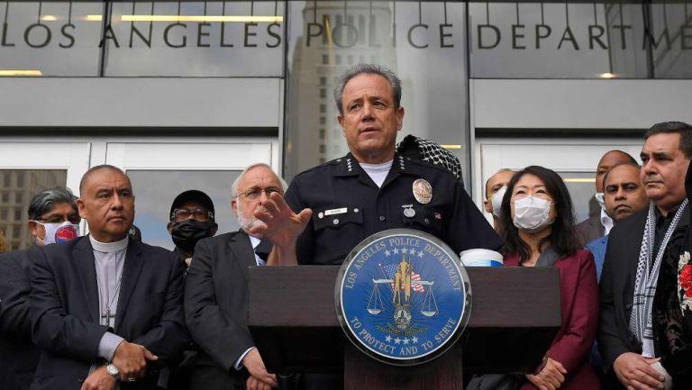 Policía de Los Ángeles en conferencia de prensa