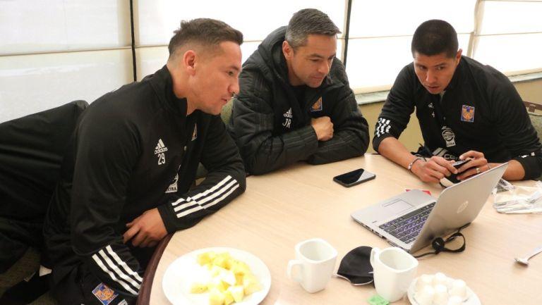 Liga MX: Jugadores de Tigres, Óscar Pérez y otros exfutbolistas se graduaron como técnicos