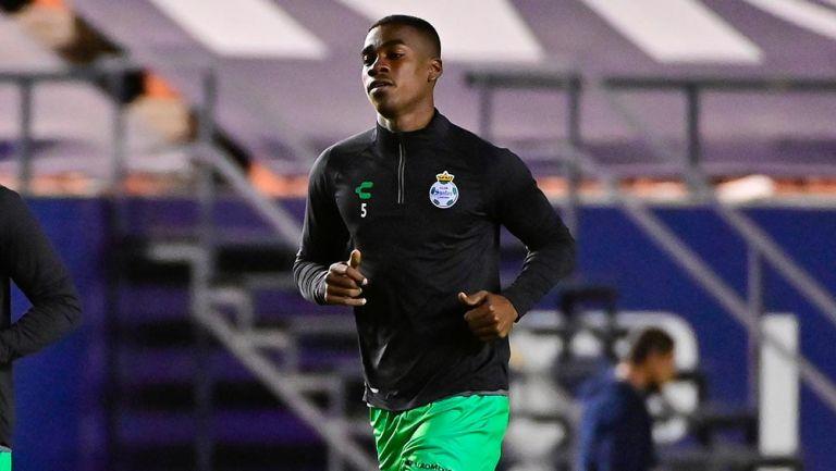 Matheus Doria denuncia racismo contra Félix Torres en duelo vs Atlético San Luis