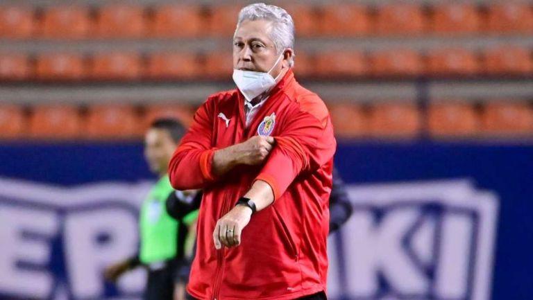 Víctor Manuel Vucetich, director técnico de Chivas