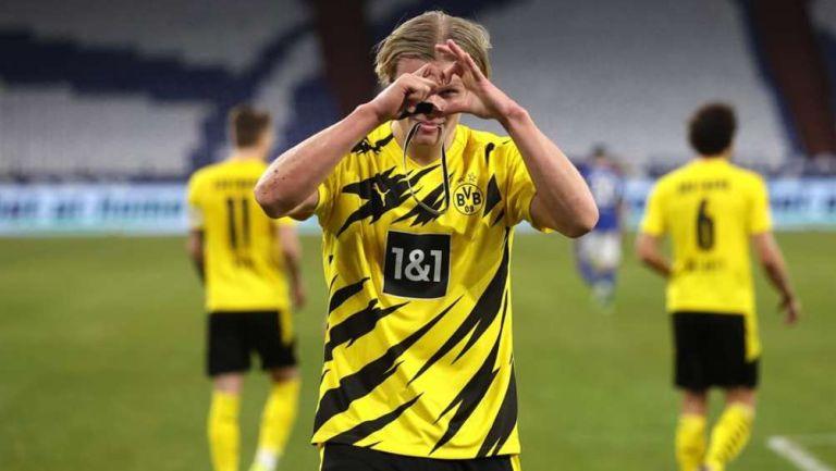 Dortmund en celebración de gol