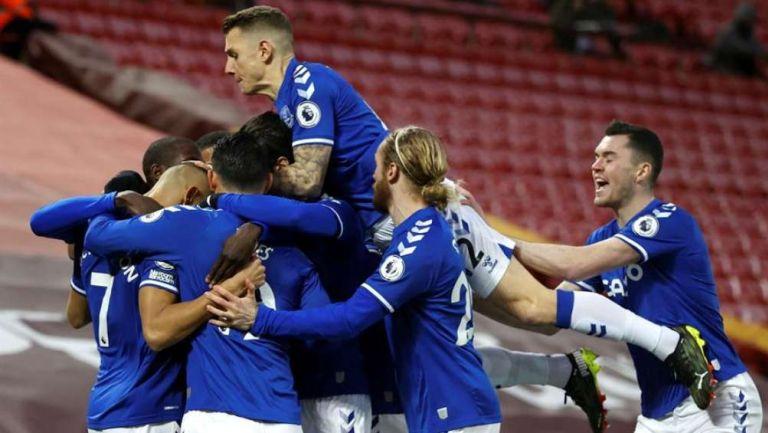 Everton en celebración de gol