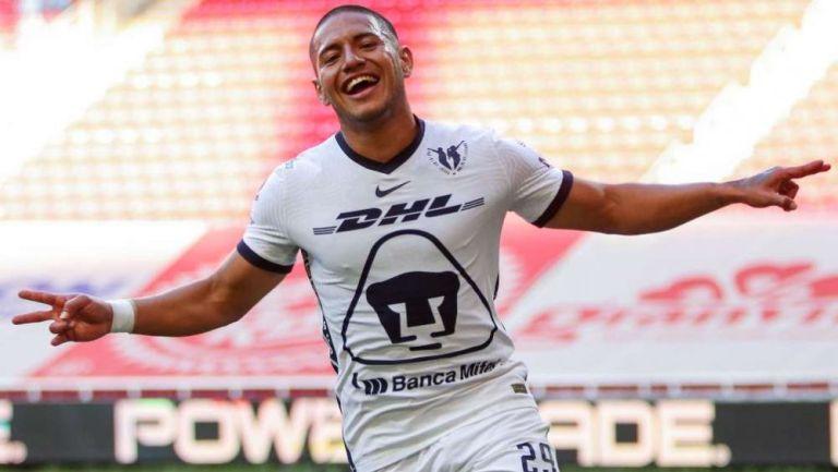 Bryan Mendoza en festejo con Pumas Tabasco