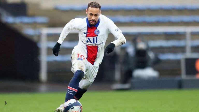 Neymar en partido con PSG