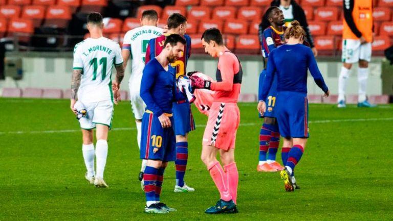 Messi y Baldía, en el intercambio de camisetas