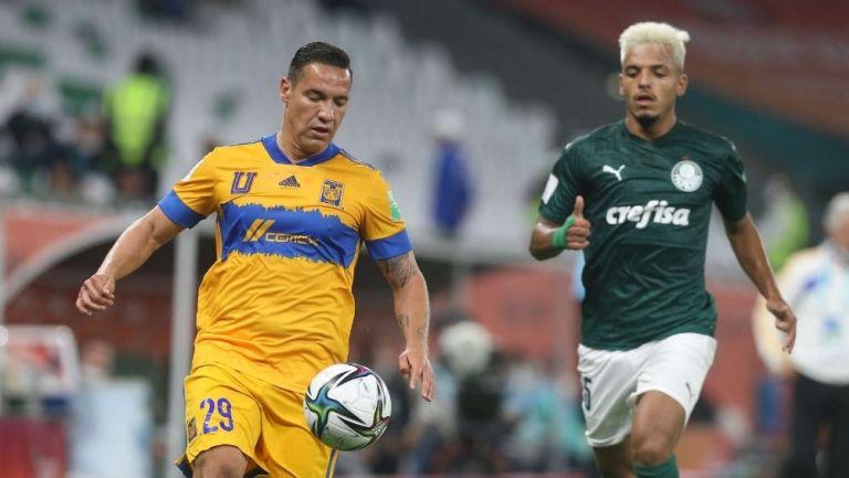 Dueñas en el partido contra el Palmeiras