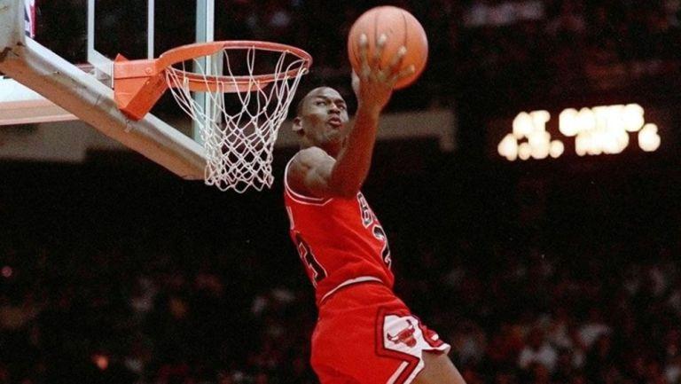 Doc Rivers: 'Si quieren cambiar el logo de la NBA, debería ser Michael Jordan no Kobe'