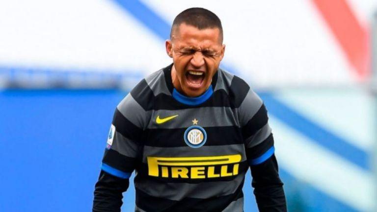 Alexis Sánchez en un partido con el Inter de Milán