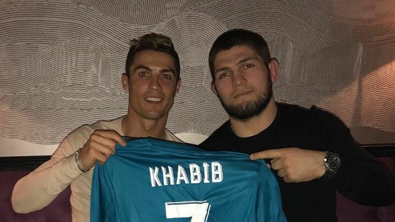 Cristiano Ronaldo junto a Nurmagomédov