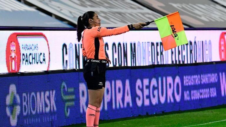 Karen Janett Díaz durante un partido de Liga MX