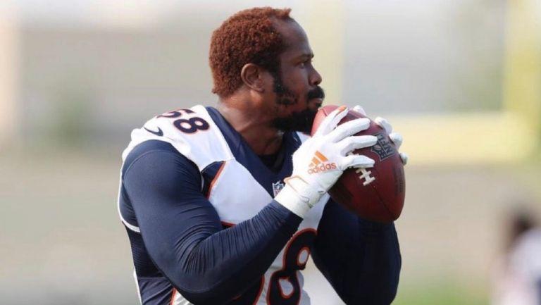 Von Miller en entrenamiento con los Broncos