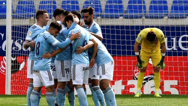 Jugadores del Celta celebran gol vs Huesca