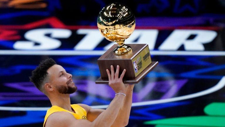 Stephen Curry ganó el Torneo de Triples 2021