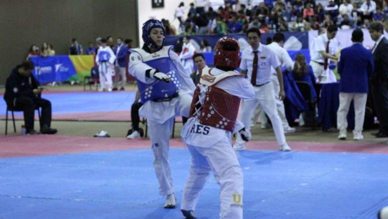 María Espinoza en competición