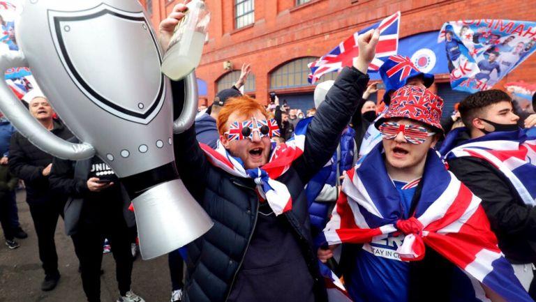 Aficionados del Rangers celebran título