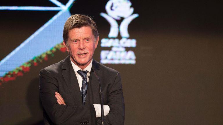 Hans Westerhof: 'No dije que a mexicanos no les guste trabajar, sólo a los futbolistas'