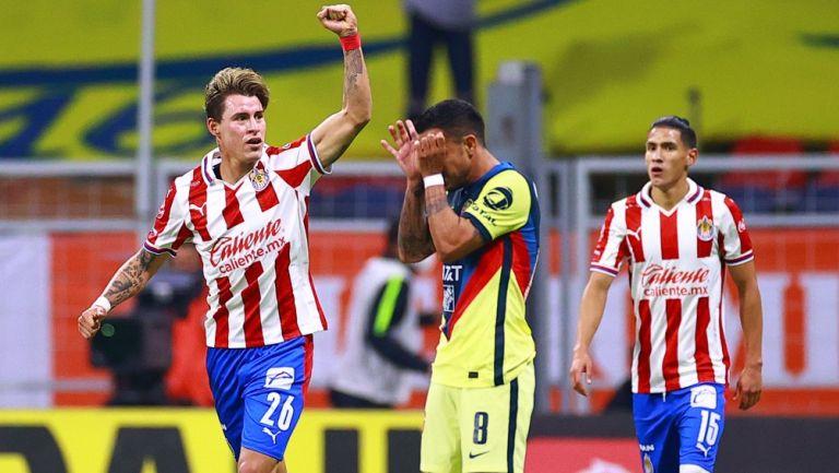 Chicote celebra un gol en la última Liguilla contra América