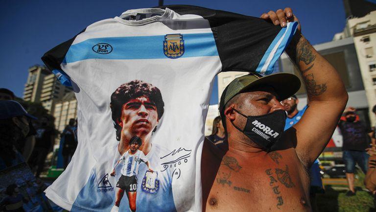La protesta de los fans de Diego Maradona