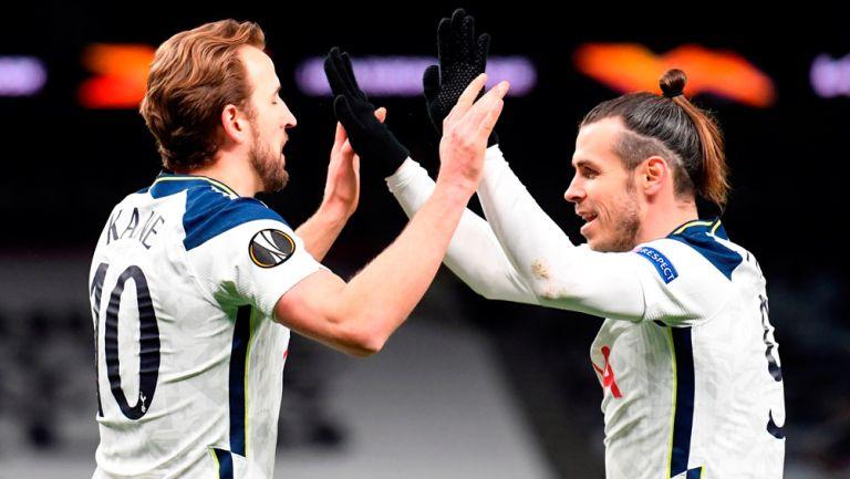 Kane y Bale festejan una anotación