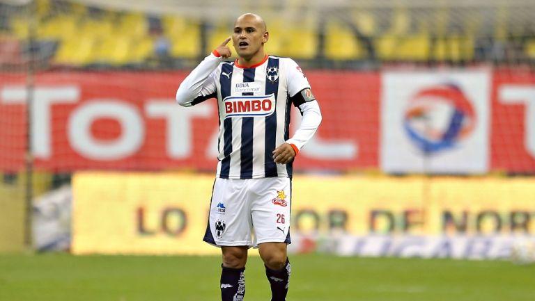 Humberto Suazo en su paso por Monterrey