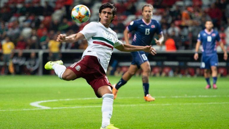 JJ Macías en acción con Selección Nacional