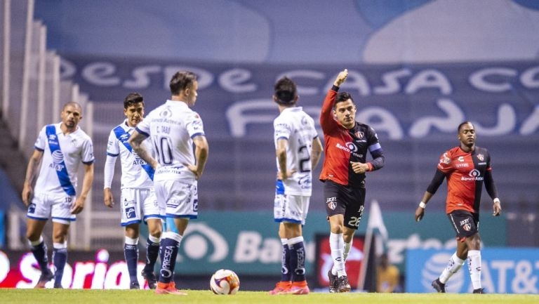 Aldo Rocha celebra gol vs Puebla