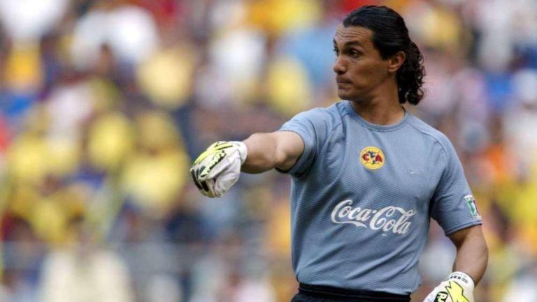 Adolfo Ríos como jugador del América