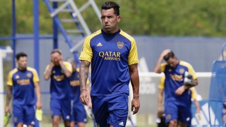 Boca Juniors: 'Tevez tiene el tobillo hinchado como Maradona en el 90', según medios argentinos