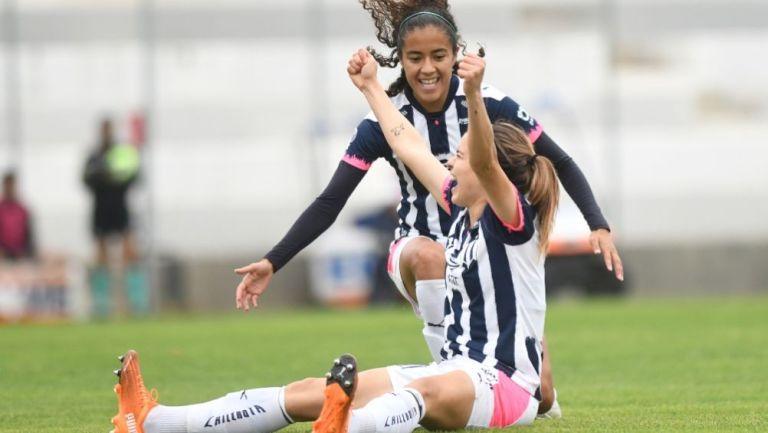 Daniela Solís festejando el único gol del partido