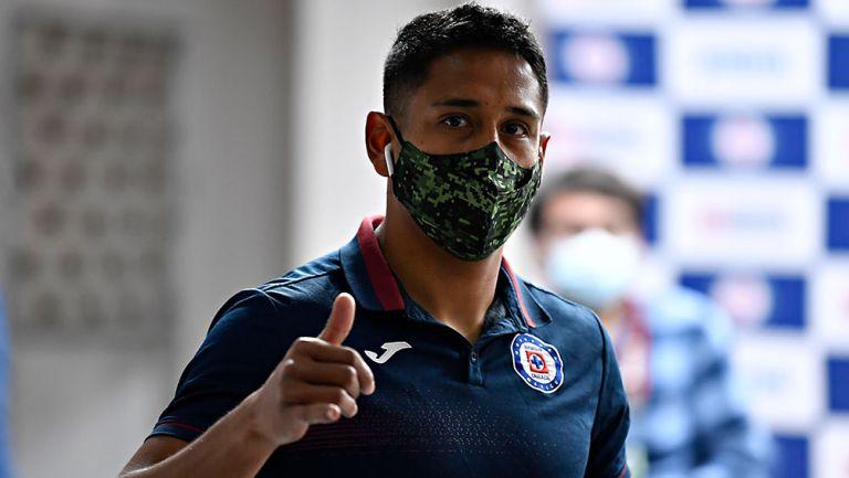 Luis Romo a afición de Cruz Azul: 'No se ilusionen, mejor disfruten partido a partido'