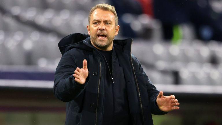 Hansi Flick, entrenador del Bayern Munich, durante partido