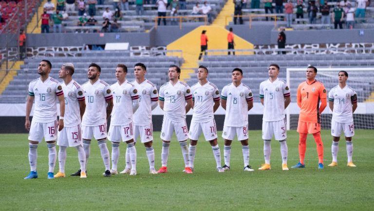 Jugadores mexicanos previo al partido vs República Dominicana