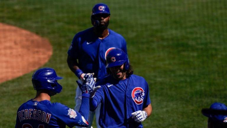 Jugadores de los Cubs en un partido de pretemporada