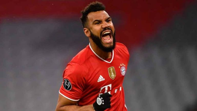 Choupo-Moting en festejo con Bayern Munich
